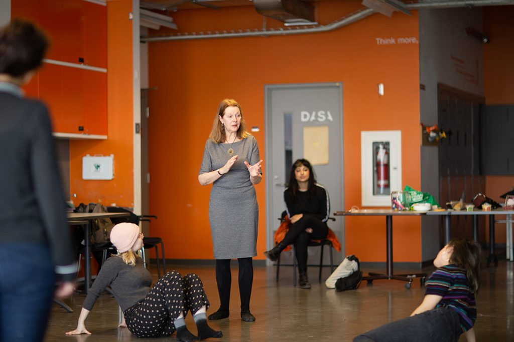 Explorer le processus créatif intuitif avec Jacqueline van de Geer