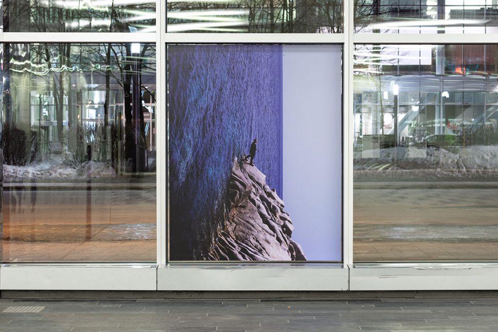 Philippe Ramette - Série photo prothèses-sculptures