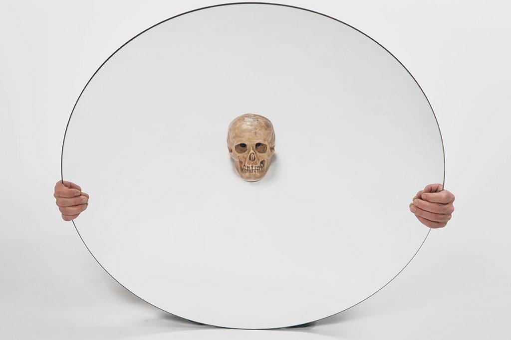 Laurence Dauphinais - Crâne et miroir